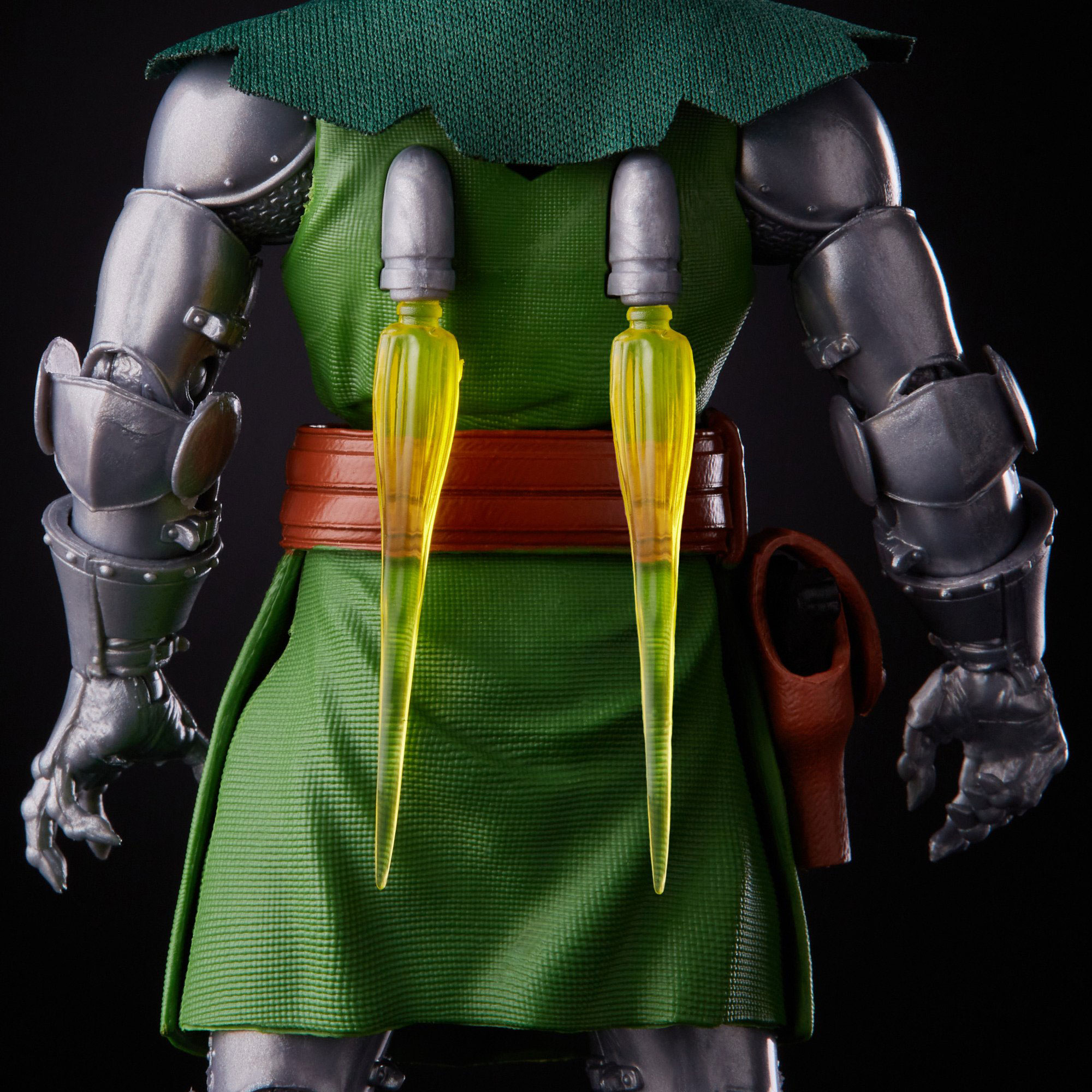 marvel-legends-doctor-doom-retro-action-figure-7