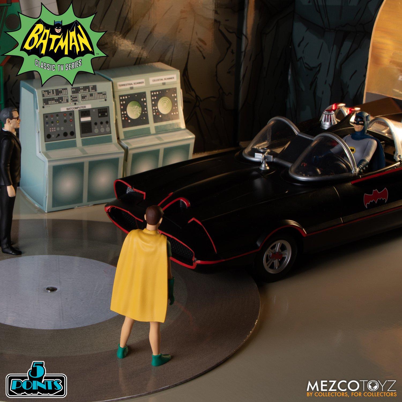 Batman-1966-Mezco-5-Points-013
