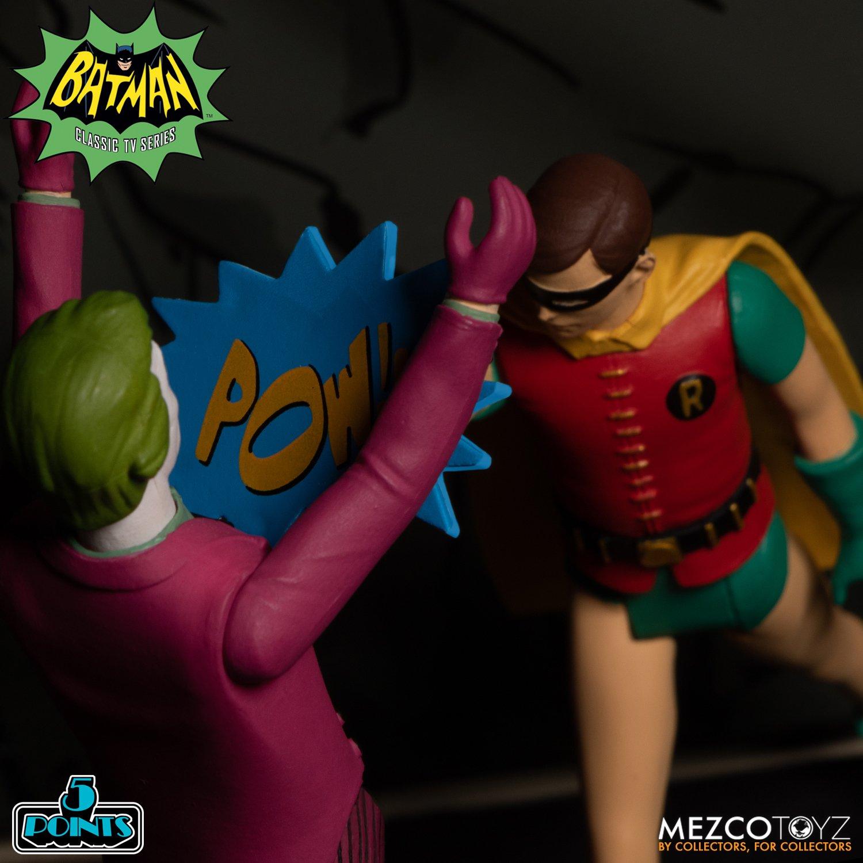 Batman-1966-Mezco-5-Points-016