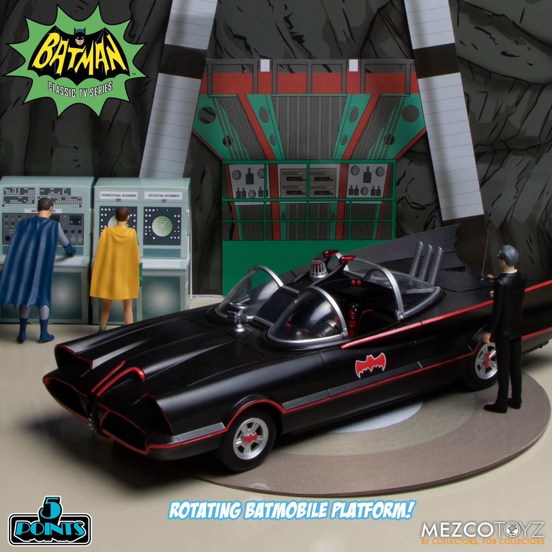 Batman-1966-Mezco-5-Points-021