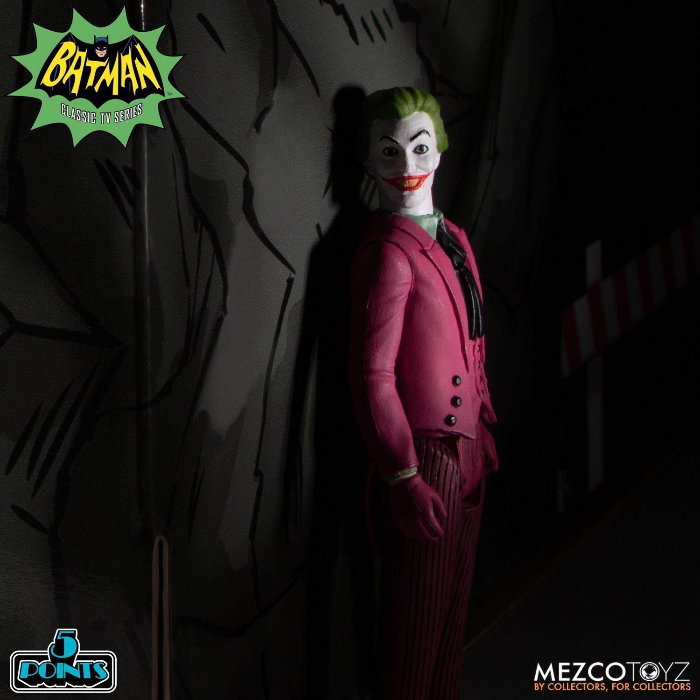 Batman-1966-Mezco-5-Points-025