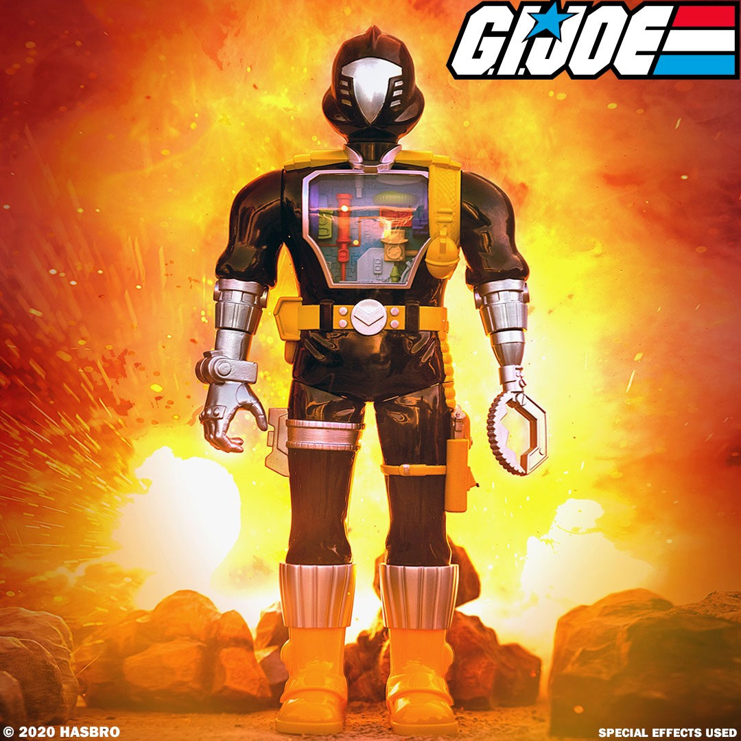 gi-joe-super-cyborg-bat-figure-super7-1